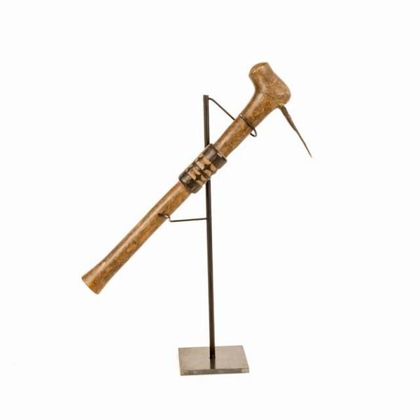 Oryginalny afrykański toporek z drewna