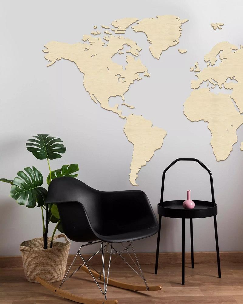 Drewniana mapa świata na ścianę - kolor naturalny