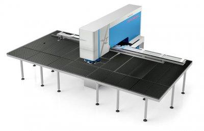 1) Nowa wykrawarka Euromac XT wykorzystuje wysokowydajne, solidne i niezawodne rozwiązania ruchu liniowego firmy NSK. Zdjęcie: Euromac