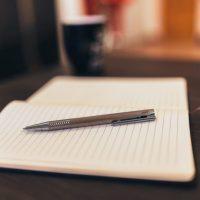 """Jak napisać książkę? opowiada Kasia Frużyńska autorka powieści """"Ślady"""""""