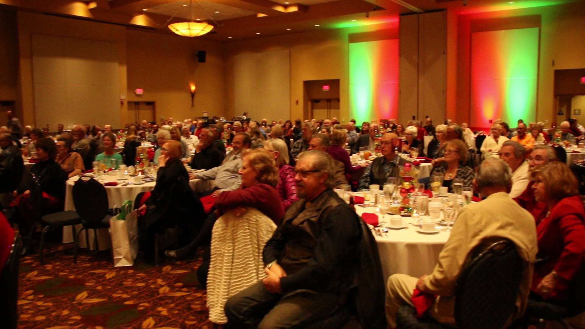 szeles corporate Christmas audience