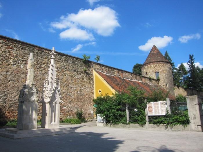 Zagreb Walls