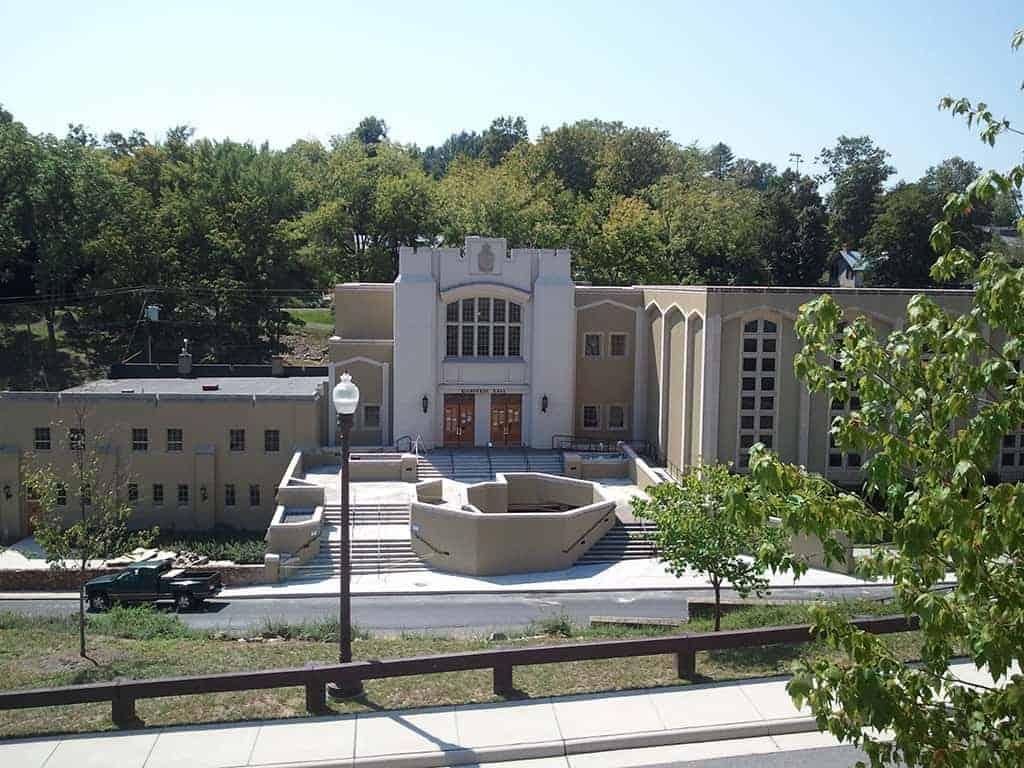8dbfea39b45e Virginia Military Institute - Thompson & Litton