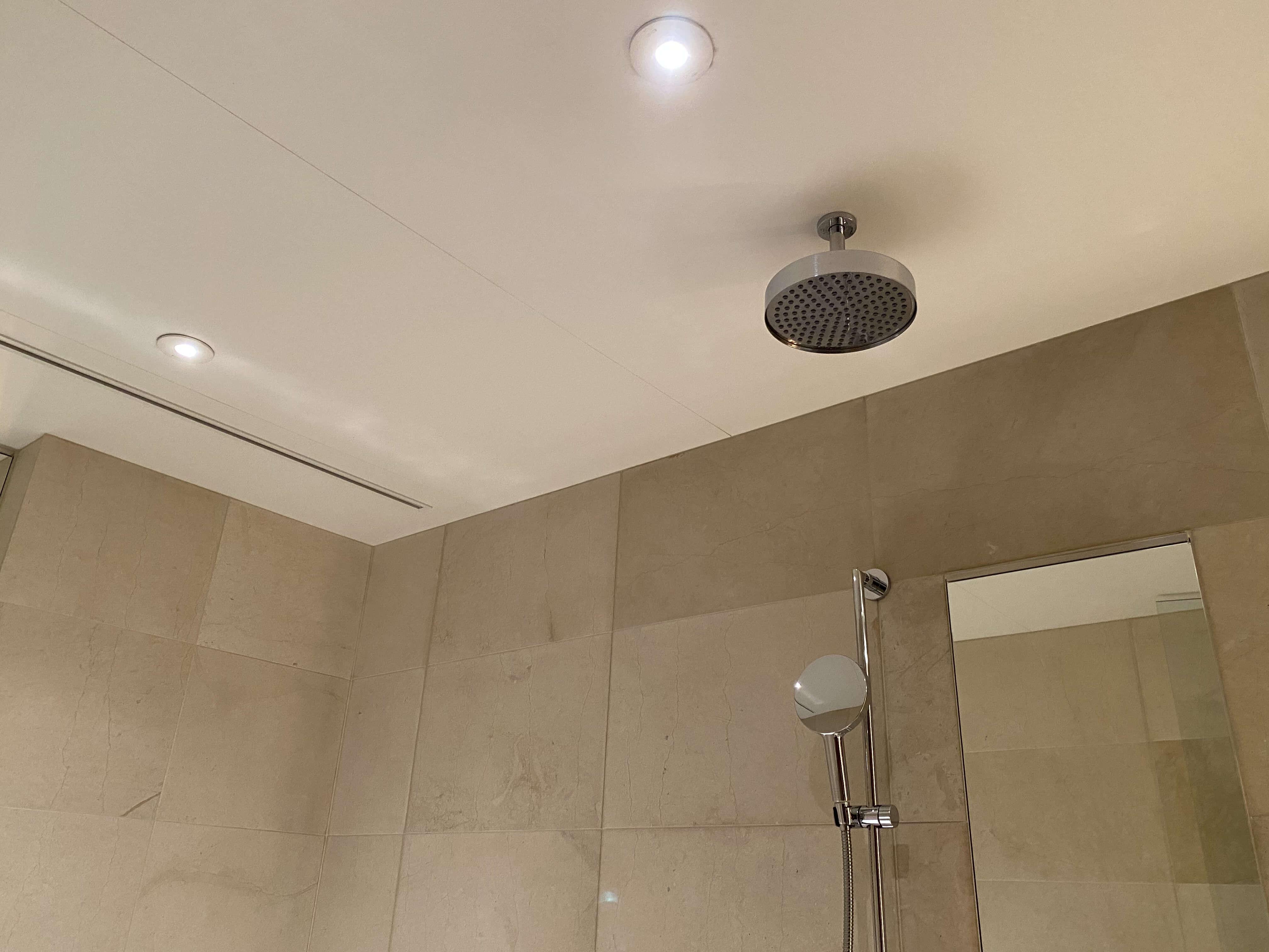 天井シャワー/グランドハイアット東京
