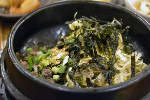 国際市場にある豆腐石焼ビビンバ