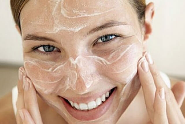 5 Skincare Hacks That Work Like a Charm - Tabib.pk (1)