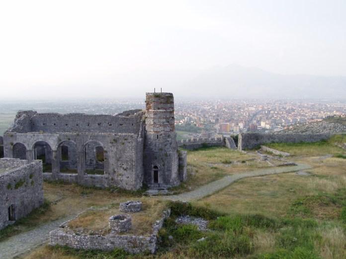Blick auf die Stadt von der grossartigen Rozafa-Festung