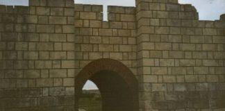 Restauriertes Tor in der ersten Hauptstadt Pliska