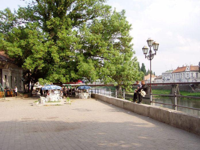 Ushgorod - eine nette kleine Grenzstadt, geteilt durch den Fluss Ush