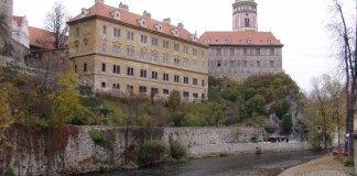 Moldau, Schlossturm und Unteres Schloss