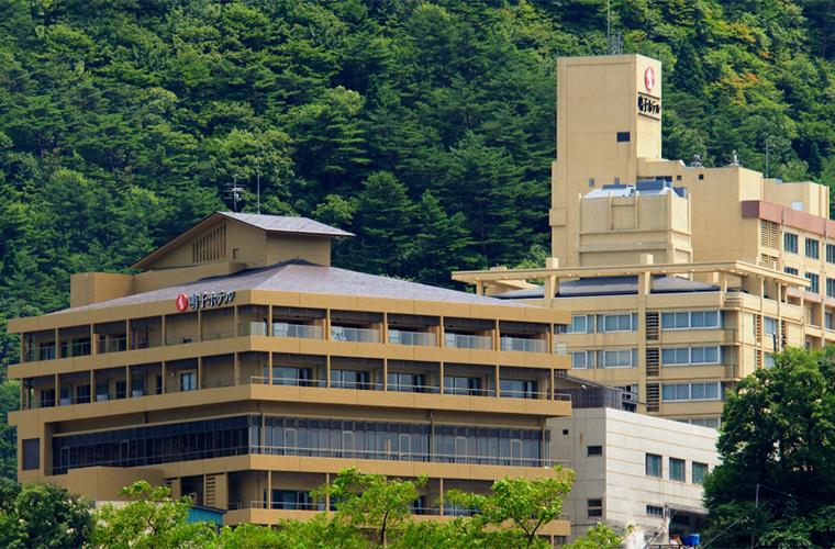 鳴子ホテル 写真1