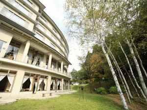 蔵王四季のホテル 写真