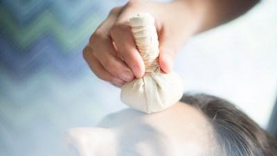 Aroma Hot Stone Massage