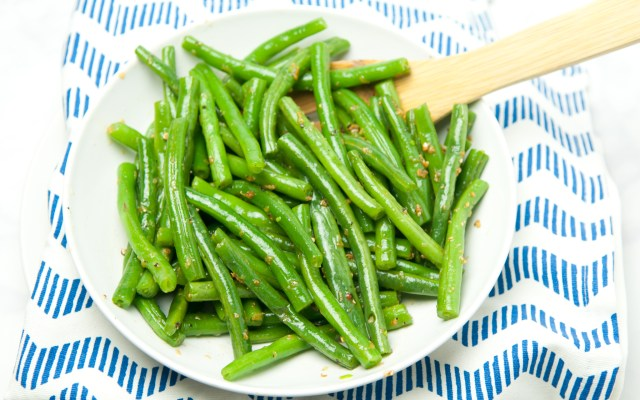 Skillet Green Beans with Garlic