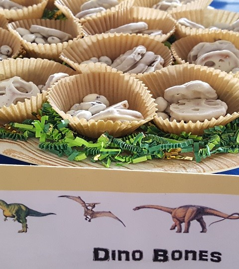Dino Bones, Easy food for a dinosaur birthday party