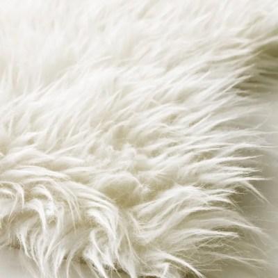Schapenvacht wit huren