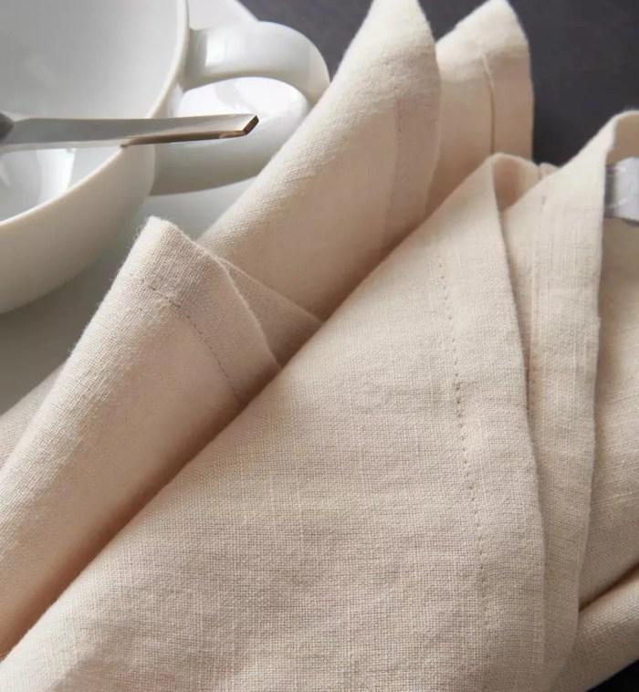 beige linnen stoffen servetten
