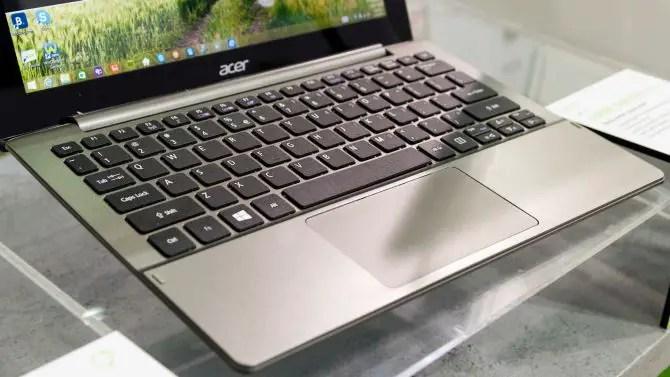 Acer Aspire Switch 11 V mit Tastatur Dock