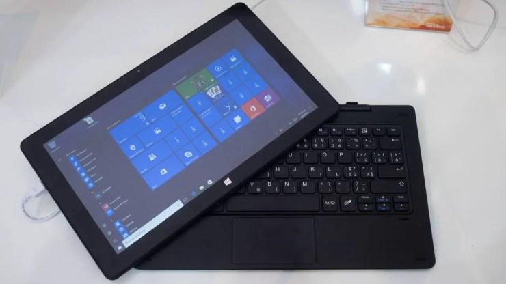 TrekStor SurfTab twin 11.6 Volks-Tablet Tastatur Dock