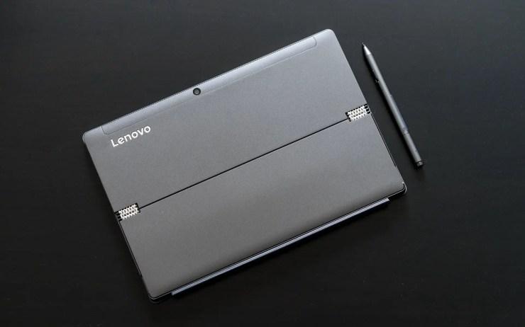 Lenovo MIIX 520 mit Metallgehäuse
