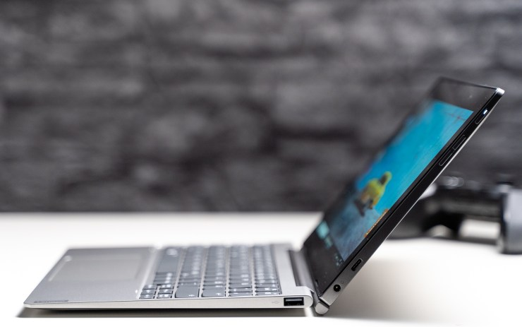 Lenovo IdeaPad D330 Anschlüsse