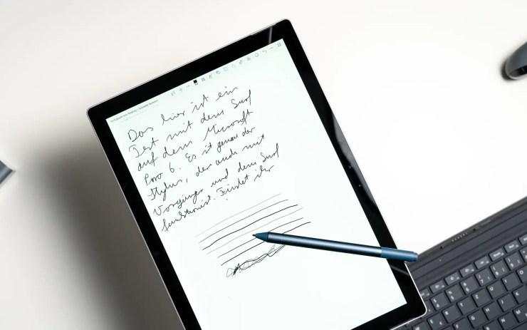 Microsoft Surface Pro 6 mit Stift