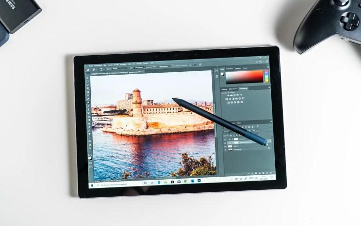 Microsoft Surface Pro 7 mit Photoshop