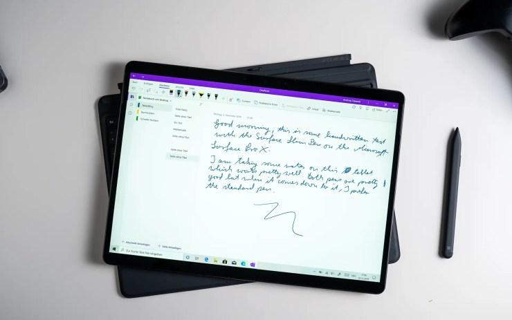 Microsoft Surface Pro X mit OneNote