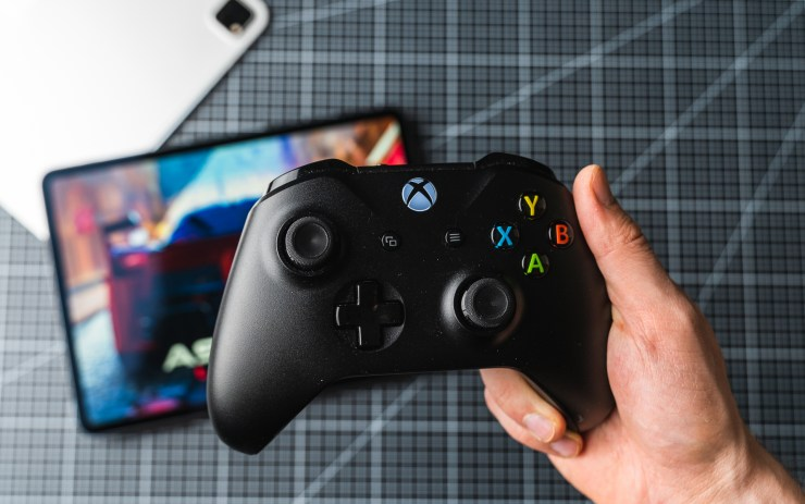 iPad Pro mit Xbox Wireless Controller