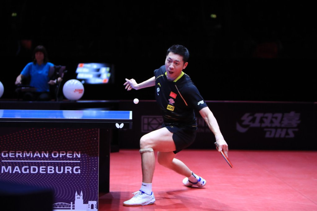 how-to-play-table-tennis-forehand-loop