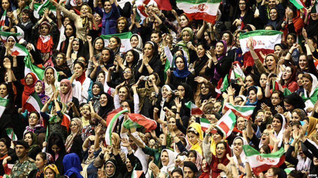 donne-iran-stadio