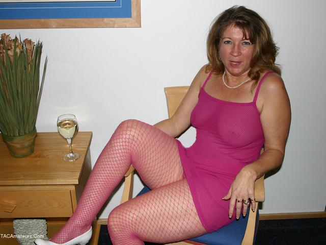 Devlynn - Devlynns Downtime in Pink Fishnet