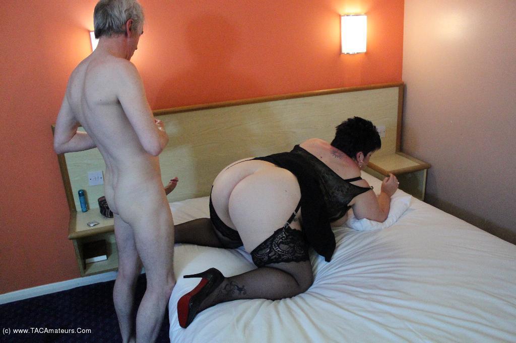 DoubleDee  Sleazy Hotel Room Fuck Pt4