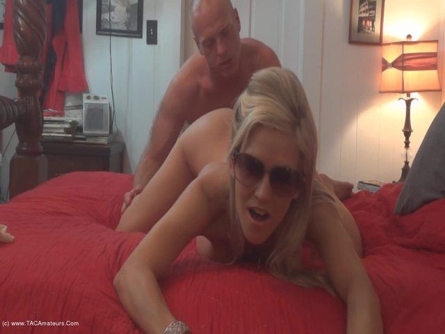 JoleneDevil - Face Sitting and Fingering my Ass