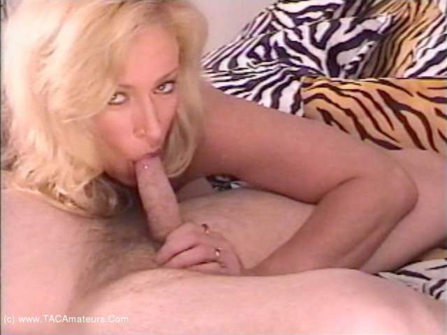 AwesomeAshley - Cock Sucker Cam Pt1
