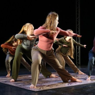 TAUNTON YOUTH DANCE COMPANY