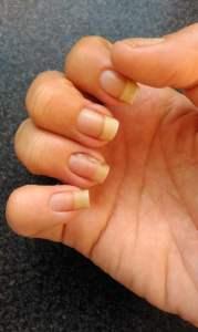 minhas unhas sem esmalte