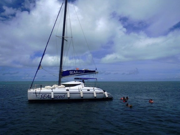 belize sailing charter on a ay trip to caye caulker