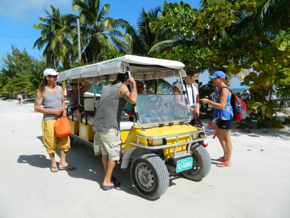 golf cart taxi caye caulker