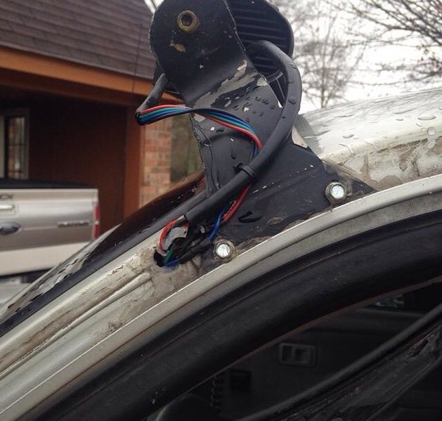 How to run wires for lightbar that's roof mounted