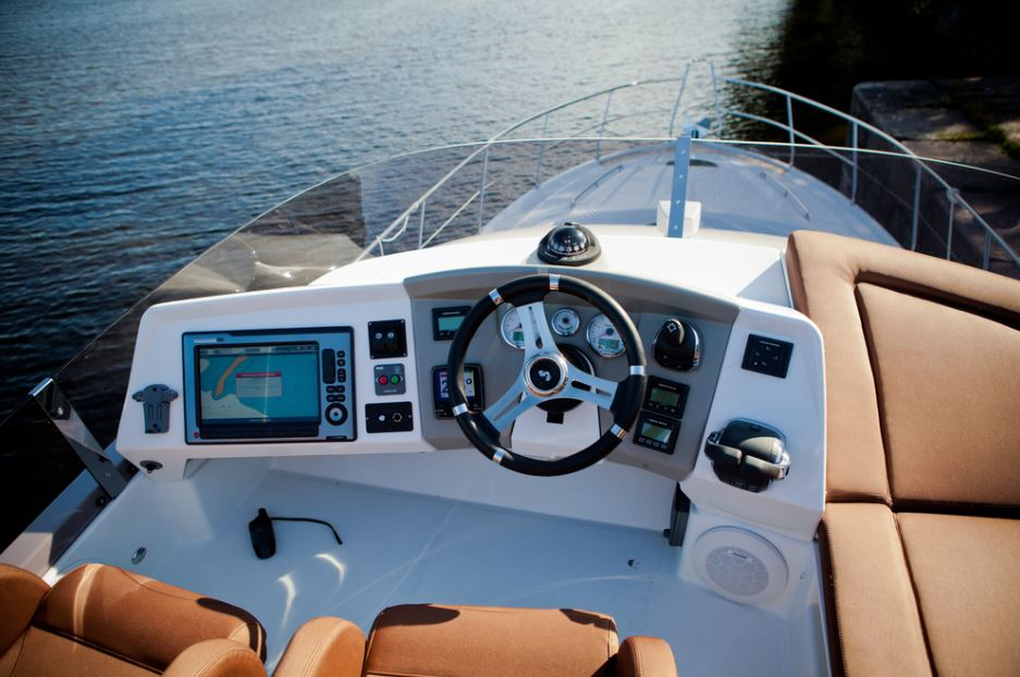 How to Choose a Marine Amplifier