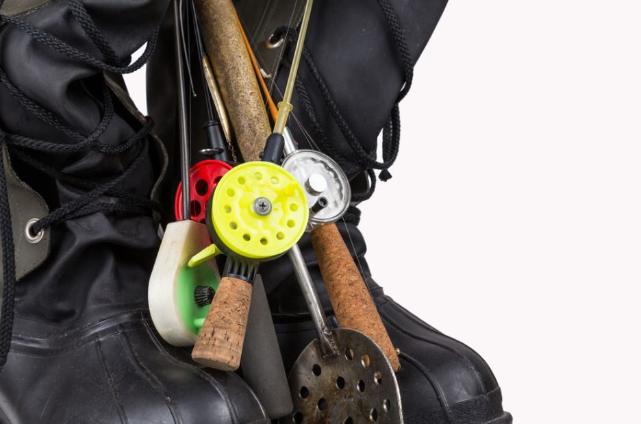 Ice Fishing Gears to Buy This Winter