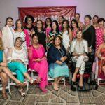 Emotivo encuentro de sobrevivientes en 8vo 'Atardecer en Rosa' del Auxilio Mutuo