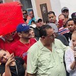 Loíza reclama ante Fortaleza por el servicio eléctrico