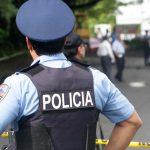 Causa para juicio contra agente de la Policía acusado por asesinato