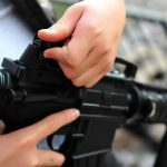 "Sujeto golpeado en ""carjacking"" a punta de rifle en Trujillo Alto"