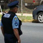 Chocan vehículo de la División de Drogas de Humacao