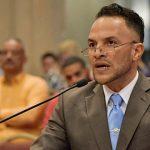 Exige destitución de Comisionado Policía Municipal de Vieques