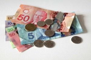 الدولار الكندي