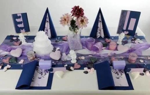Eine Tischdekoration in blau zur Hochzeit  wunderschn